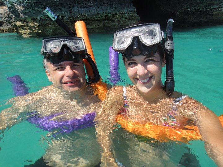 Steve and Natalie Laskarides snorkling